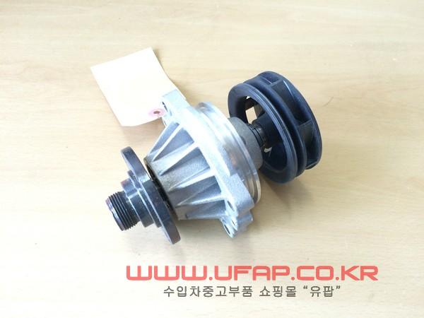 수입차 중고부품 - BMW X3시리즈 E83 워터펌프. 호환차종: 10 11517509985