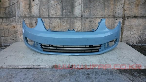 수입차 중고부품 - 폭스바겐 비틀 더비틀 앞 범퍼. 호환차종: 1 5C5807218E,5C5807217AJ