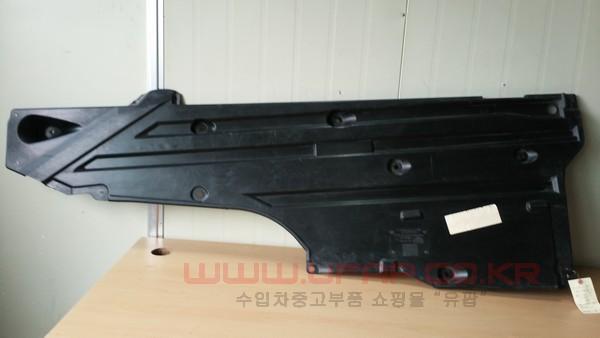 수입차 중고부품 - 벤츠 SLK클래스 R171 언더커버 운전석. 호환차종: 2 1716190138