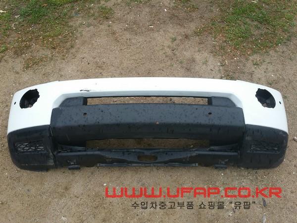 수입차 중고부품 - 랜드로버 디스커버리 4세대 앞 범퍼. 호환차종: 1 AH2217F003AB