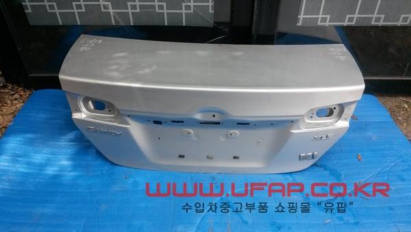 수입차 중고부품 - 도요타 캠리 7세대) 트렁크. 호환차종: 1 6440106560