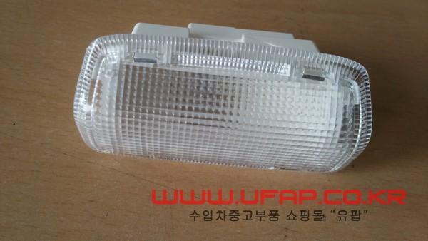 수입차 중고부품 - 인피니티 QX60 1세대 앞 도어 스텝 램프. 호환차종: 2 26420EG000,264201NZ0A