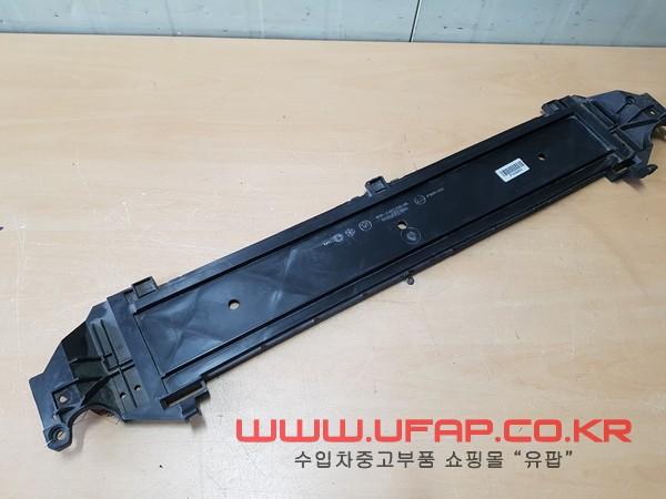 수입차 중고부품 - BMW 5시리즈 F10 모듈 캐리어 하단 커버. 호환차종: 10 17517804619