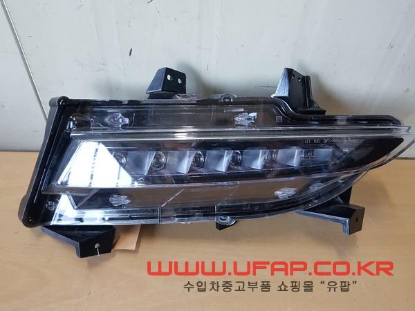 수입차 중고부품 - 링컨 MKC LED안개등 운전석. 호환차종: 1 EJ7Z13200A,EJ7B13D273AA