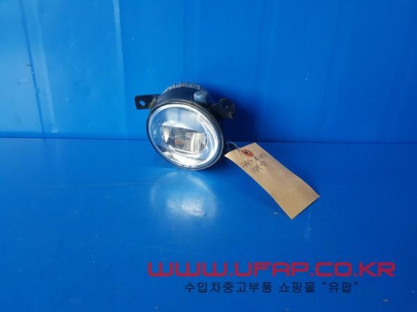 인피니티 Q50 1세대 안개등. 조수석 호환차종: 1 261504GA0A,261504GA0B