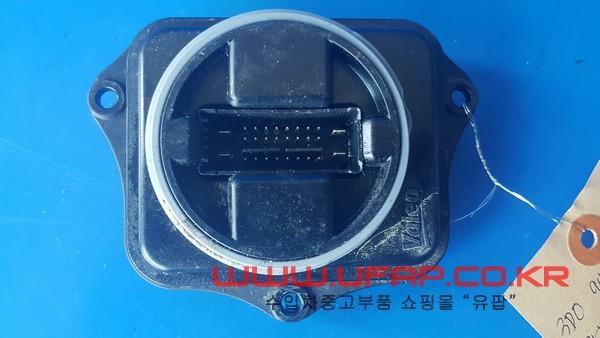 아우디 Q5 1세대   코너링 라이트 모듈.  좌우무관  호환차종: 5   3D0941329A
