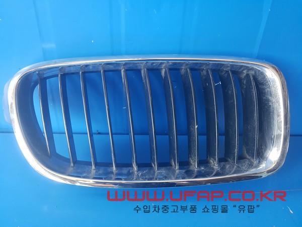 BMW 1시리즈 F20   라디에이터 그릴.  조수석  호환차종: 7   51117245872