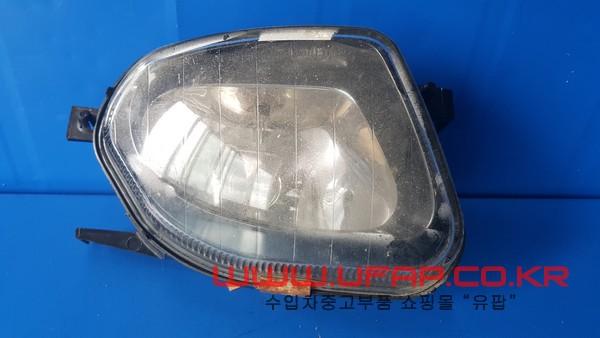 벤츠 E클래스 W211   안개등.  조수석  호환차종: 1   2118200656