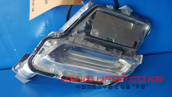 볼보 XC60 1세대   안개등.  조수석  호환차종: 1   31420394