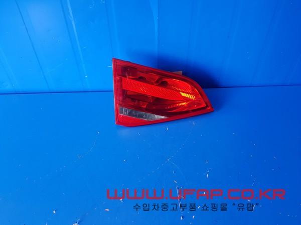 아우디 A4 4세대9~~12연식)  트렁크 후미등.   운전석  호환차종: 1   8K5945093D