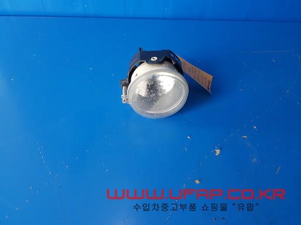 크라이슬러 300C 1세대   안개등.  좌우무관  호환차종: 2   04805857AB