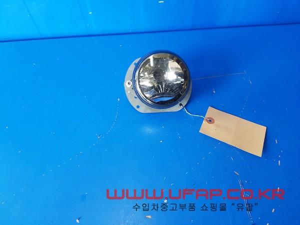 벤츠 C클래스 W204   안개등.   운전석  호환차종: 1   2048202156