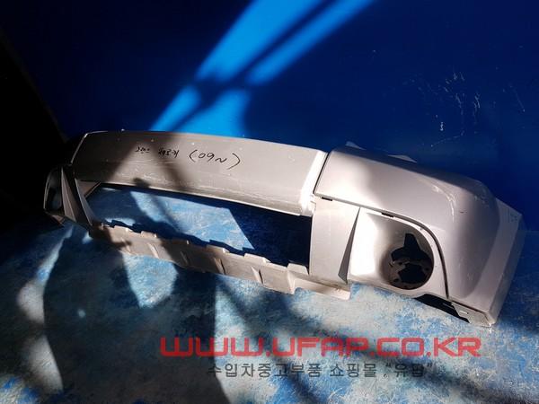 수입차 중고부품 - 지프 그랜드체로키 3세대   앞 범퍼.  호환차종: 1   1EF581S2AC,05166738AA