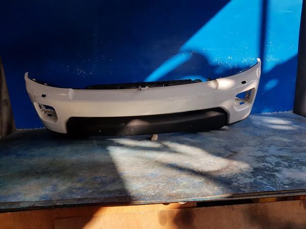 수입차 중고부품 - 랜드로버 디스커버리 4세대   앞 범퍼.  호환차종: 1   FH2217E898AA