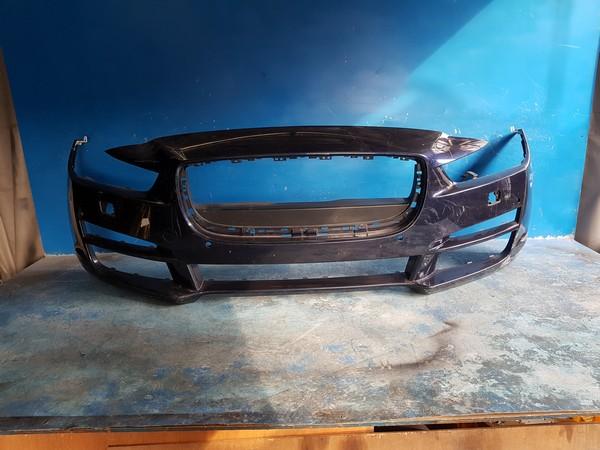 수입차 중고부품 - 재규어 XE   앞 범퍼.  호환차종: 1   GX2517F003AA