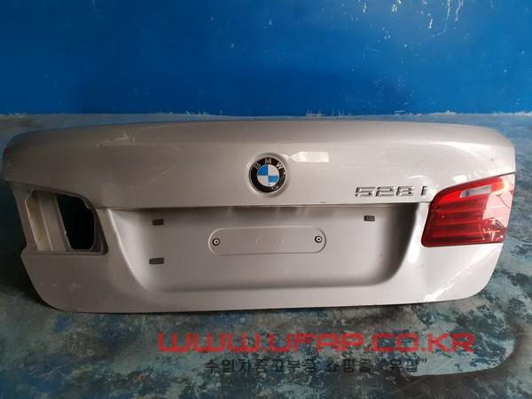 수입차 중고부품 - BMW 5시리즈 F10   트렁크.  호환차종: 4   41627240552