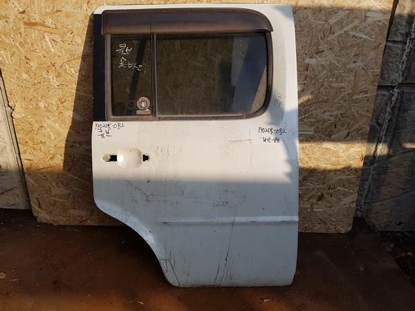 수입차 중고 부품 - 닛산 큐브 2세대 뒤 도어.  조수석  호환차종: 3   H210M4V0MA