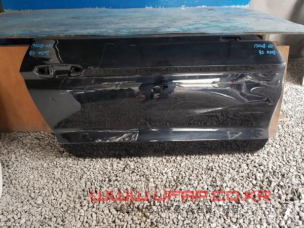 수입차 중고부품 - 포드 머스탱 6세대   도어.  조수석  호환차종: 2   FR3Z6320124A