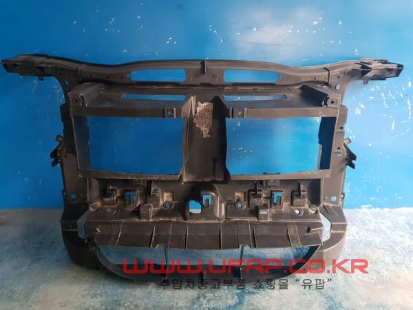 수입차 중고부품 - BMW X1시리즈 E84   앞 판넬.  호환차종: 1   51642990176