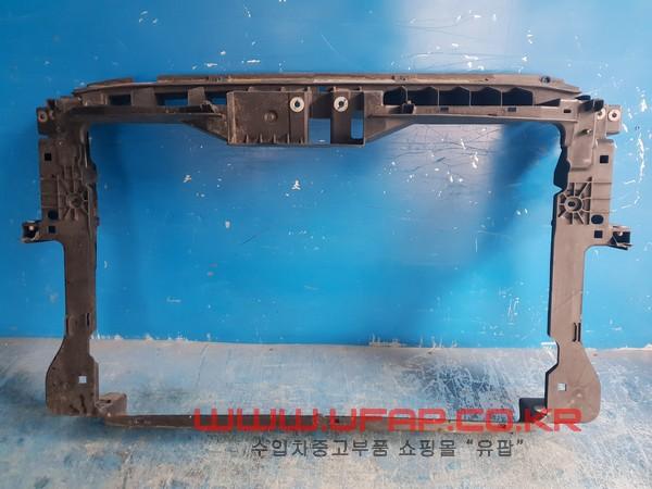 수입차 중고부품 - 폭스바겐 티구안 1세대   앞 판넬.  호환차종: 2   5N0805588F