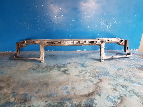 수입차 중고부품 - 크라이슬러 300C 2세대   앞 판넬.  호환차종: 2   57010299AB