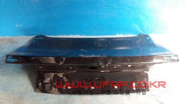 수입차 중고부품 - 포드 머스탱 6세대   트렁크.  호환차종: 1   FR3Z6340110A,FR3B6340110AF
