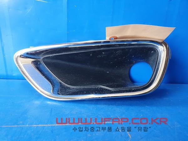 수입차 중고부품 - 지프 그랜드체로키 4세대   안개등 그릴.   운전석-서밋  호환차종: 1   68143085AB