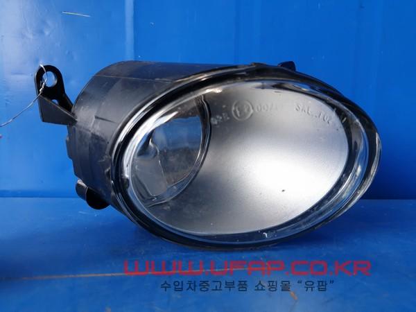 수입차 중고부품 - 폭스바겐 페이톤 1세대   안개등.  조수석  호환차종: 1   3D0941700C
