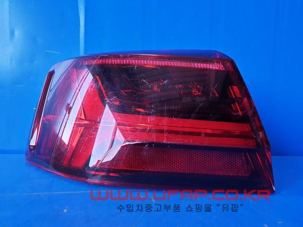 수입차 중고부품 - 아우디 A6 7세대  후미등.   운전석  호환차종: 1   4G5945095E