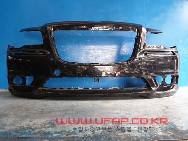 수입차 중고부품 - 크라이슬러 300C 2세대   앞 범퍼.  호환차종: 1   12UX1103AE