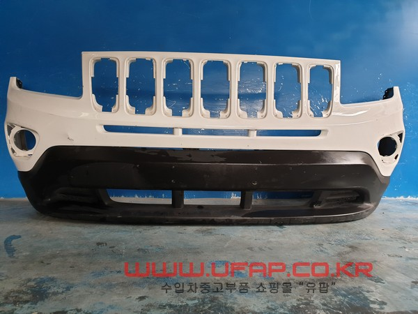 수입차 중고부품 - 지프 컴패스 1세대   앞 범퍼.  호환차종: 1   11MK49J1000P,68109861AC