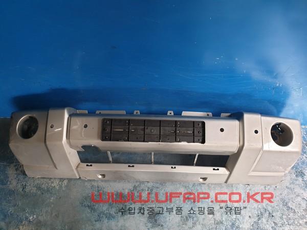 수입차 중고부품 - 지프 커맨더   앞 범퍼.  호환차종: 1   1CF01TRMAA,05191788AA