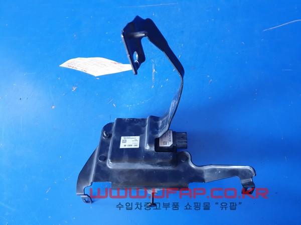 수입차 중고부품 - 포드 익스플로러 5세대   레이더 센서.  호환차종: 3   DG1T9G768BB,DG1Z9E731C
