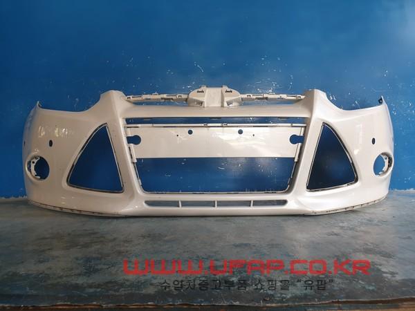수입차 중고부품 - 포드 포커스 3세대   앞 범퍼.-주차센서 없는 타입  호환차종: 2   BM5117757CF,BM5Z17D957CAPTM