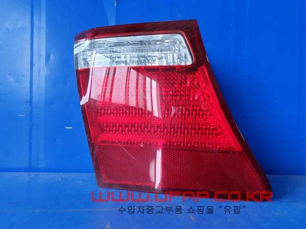 수입차 중고부품 - 렉서스 LS 4세대   트렁크 후미등.   운전석  호환차종: 1   8159150150