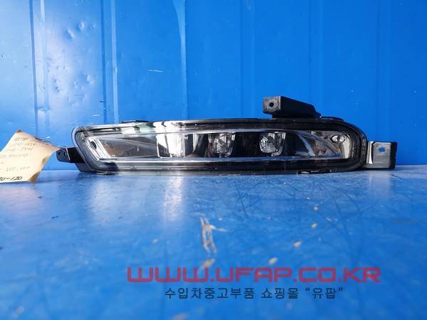수입차 중고부품 - 링컨 컨티넨탈 10세대   안개등.   운전석  호환차종: 1   GD9B13D273AC,GD9Z13200C