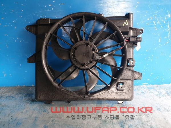 수입차 중고부품 - 포드 머스탱 5세대   라디에이터 휀.  호환차종: 2   DR338C607AA,BR3Z8C607A