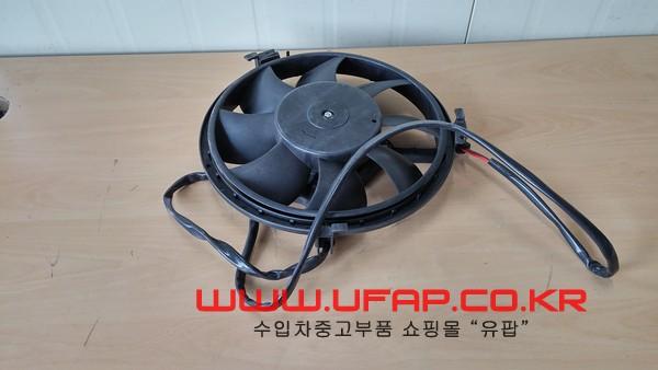 수입차 중고부품 - 아우디 A4 2세대 라디에이터 휀/팬. 호환차종: 1 8D0959455C
