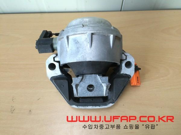 A6 [엔진 마운트] 운전석(4G0199381KN)