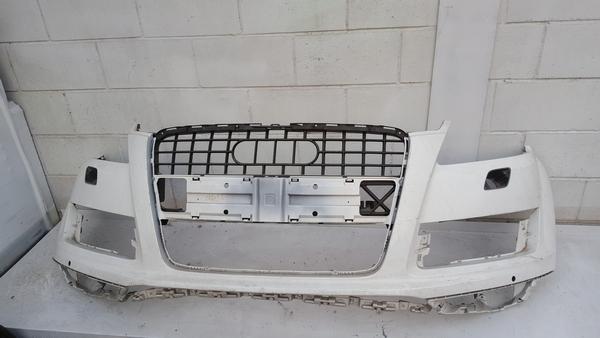 수입차 중고부품 - 아우디 Q7 1세대 앞 범퍼. 호환차종: 1 4L0807105G